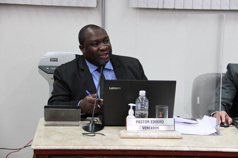 PL do Vereador Pastor Edinho obriga agências bancárias e estabelecimentos que possuem caixas eletrônicos a disponibilizarem álcool gel em suas dependências