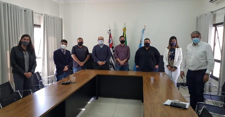 Santa Casa de Assis recebe Deputado Estadual Reinaldo Alguz e protocola ofícios solicitando recursos financeiros