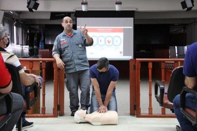 Servidores da Câmara Municipal passam por cursos de Primeiro Socorros e Brigada de Incêndio