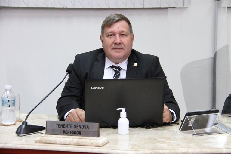 Tenente Gênova solicita isenção da cobrança do Estacionamento Rotativo de idosos com mais de 60 anos e de pessoas portadoras de deficiência